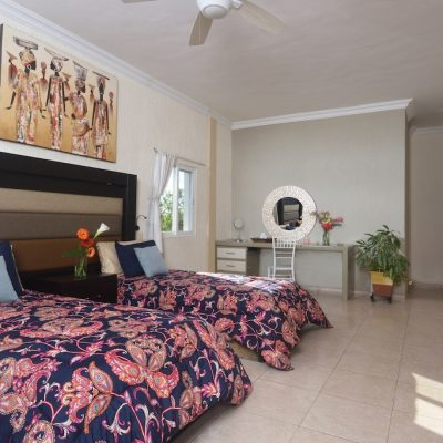 villa-sol-y-luna-bedroom-09